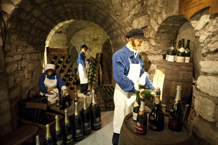 Musee du Vin in Paris - Atout France/Cedric Helsly