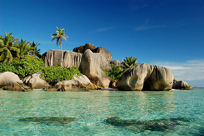 Seychellen - Strand Anse Source d´Argent auf La Digue © photo courtesy Gerard Larose - Seychelles Tourism Board